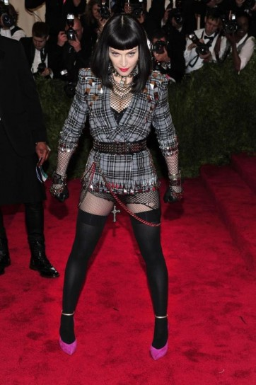 madonna-in-givenchy